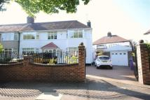 3 bedroom semi detached house in Aigburth Hall Avenue...