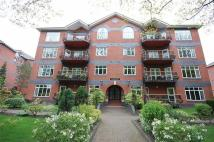 Flat in Mossley Hill Drive...