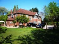 6 bedroom Detached home for sale in Naylors Road...