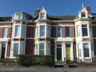 3 bedroom Flat to rent in Beverley Terrace...