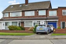semi detached house to rent in Claremont Road...