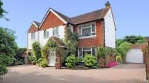 4 bed Detached home in Chobham Road, Frimley...