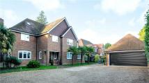 6 bed Detached property for sale in Portsmouth Road...
