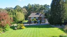 6 bed Detached house for sale in Fitzroy Road, Fleet...