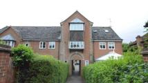 Maisonette for sale in Yew Lane...