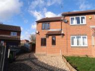 2 bed semi detached property to rent in Northfield Walk...