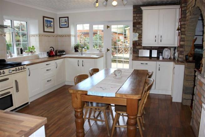 Re-fitted Dining Kitchen