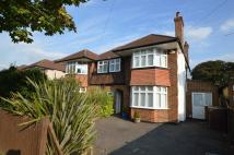 3 bedroom semi detached property in RYDENS AVENUE...