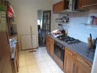 Flat to rent in Room 1 / 140 Audley Road...