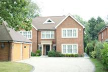 Manor Close Detached house to rent