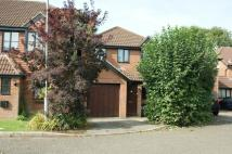 3 bedroom semi detached home to rent in Bell Close, Beaconsfield...