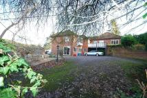 5 bed Detached property in Harvest Hill, Bourne End...