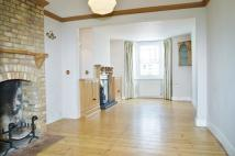 2 bed home to rent in The Queensway...