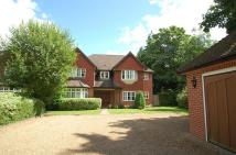 5 bed Detached house in Packhorse Road...