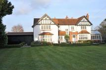 Detached home in Kingsway, Gerrards Cross...