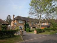 6 bedroom Detached property to rent in Hill Waye...