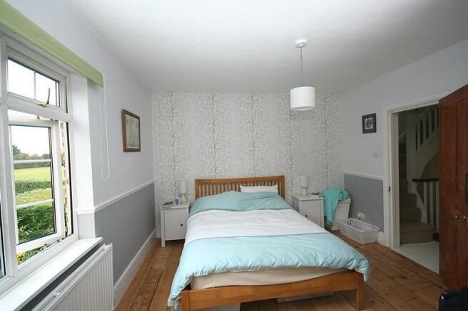Bed 1 (Main)