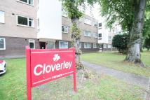 Flat to rent in Cloverley...
