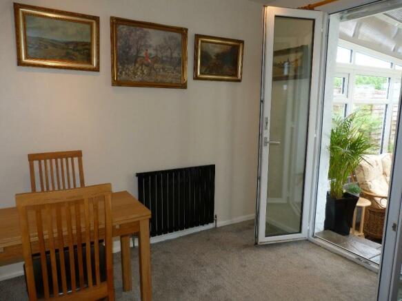 Bedroom 1/Rec room 2