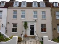 1 bed Flat to rent in Cliff Road, Dovercourt...