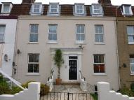 Flat in Cliff Road, Dovercourt