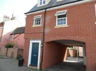 Terraced home to rent in Kings Head Street...
