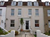 Flat to rent in 38-40 Cliff Road...