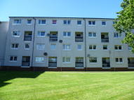 Maisonette to rent in Stormyland Way, Barrhead...