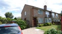 2 bed Maisonette for sale in Reeves Way, Wokingham...