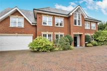 6 bed Detached house in COBHAM