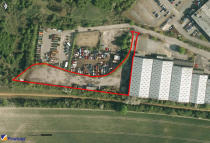 Land to rent in Frenchs Avenue, Dunstable
