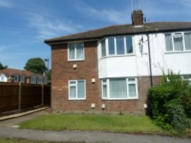 Maisonette to rent in Dunstable