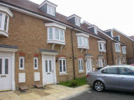 3 bedroom Town House to rent in Dunstable