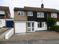3 bed semi detached house in Dunstable