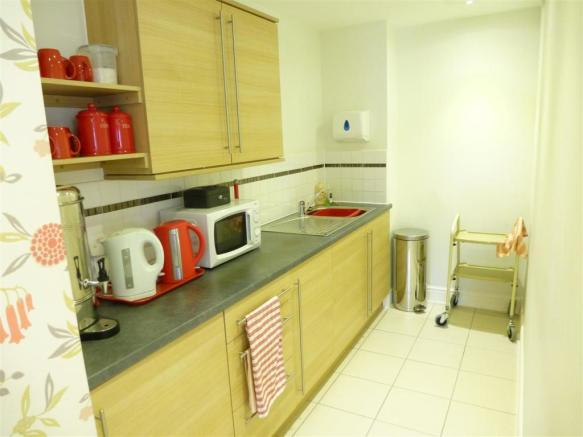 Kitchenette Off The