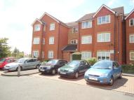 1 bedroom Ground Flat in Lime Close, Harrow Weald...
