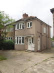 Maisonette to rent in Kenmore Avenue, Harrow...