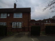Ground Flat for sale in The Mall, Kenton, Harrow...