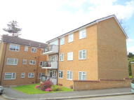 Flat to rent in Gooden Court, Harrow, HA1