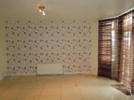 Ground Maisonette to rent in Locket Road...