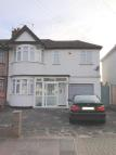 4 bed semi detached home to rent in Kings Road, South Harrow...