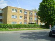 Apartment in RICKMANSWORTH ROAD...