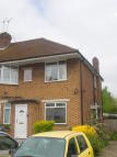 2 bed Flat in Windsor Close, Northwood...
