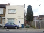 Studio flat in Thomson Road, Harrow...