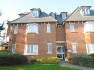 3 bed Flat in Pynnacles Close...