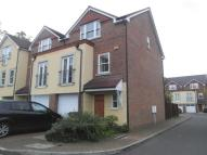 3 bed Terraced property in South Croydon, Surrey