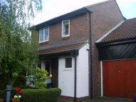 4 bed semi detached home in South Croydon, Surrey