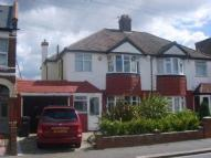 4 bedroom semi detached home to rent in Croydon, Surrey