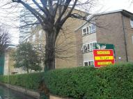 Apartment to rent in Altyre Road, Croydon