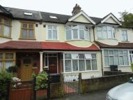 5 bed Terraced property in Nugent Road SOUTH...